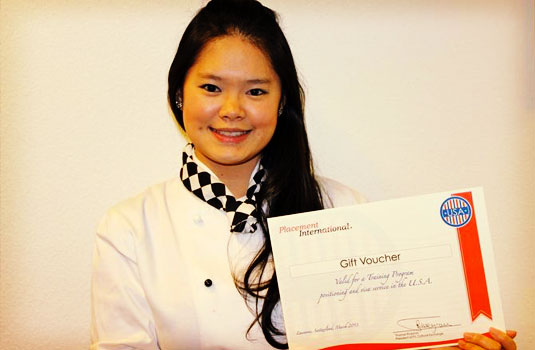 Jenifer, an Indonesian student in Semester 6 of the BBA program, won the Master Chef competition with a final culinary masterpiece.